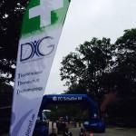 Von weitem sichtbar - die DiG Sanitätsstation, gekennzeichnet durch unsere neuen Beachflags!